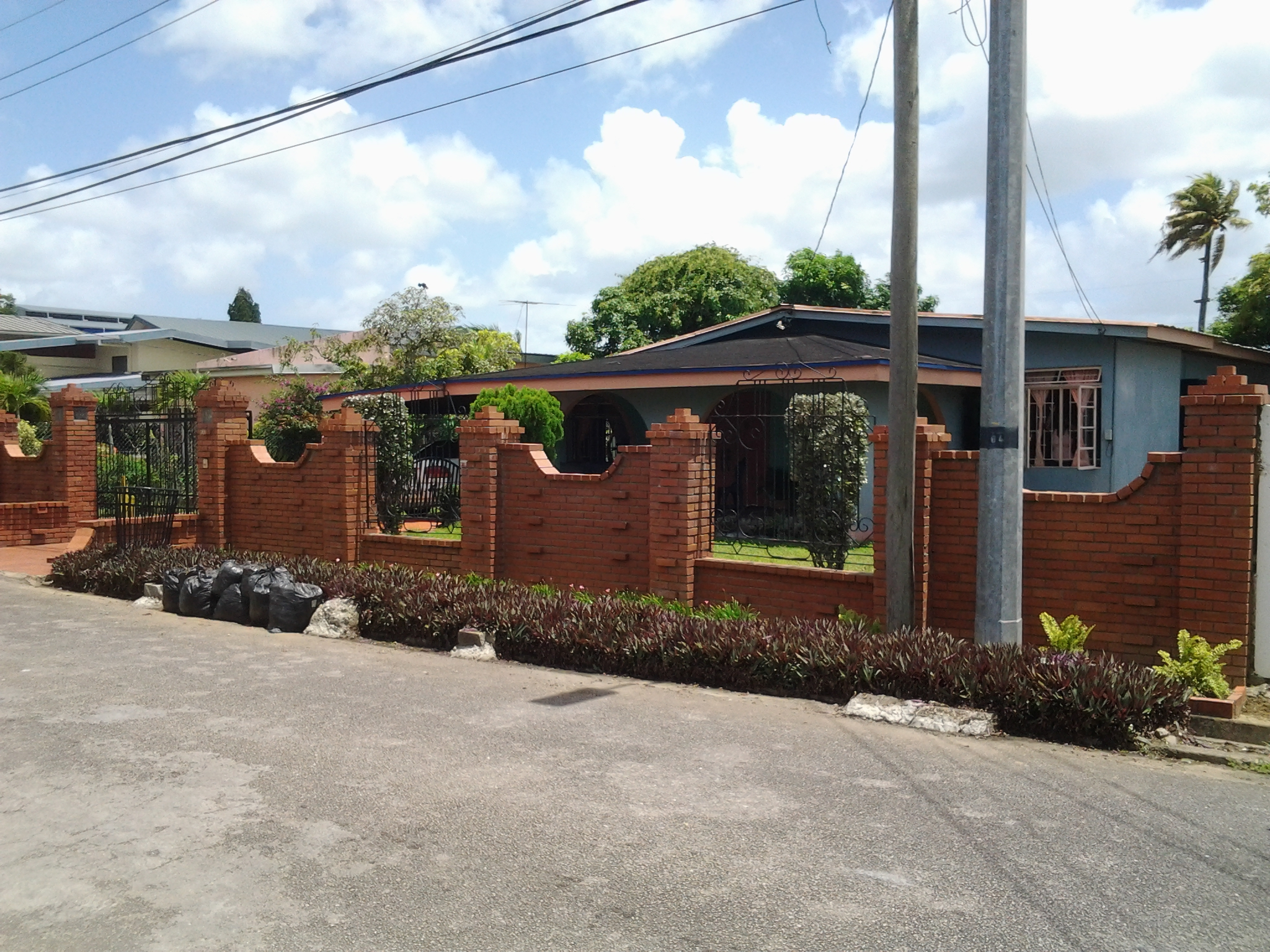 (Property For sale) Lange Park, Chaguanas.